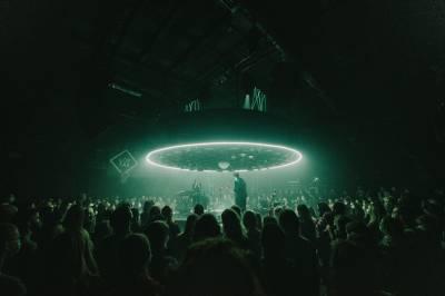 """""""Kamanių šilelio"""" albumo pristatymo koncertas: švelnus susitikimas"""