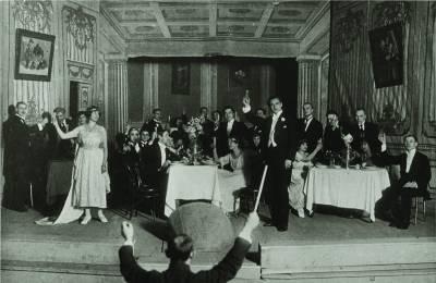 """Kodėl naujametines taures keldavome skambant """"Traviatai"""""""