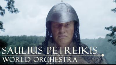 """""""SAULIUS PETREIKIS WORLD ORCHESTRA"""" VAIZDO KLIPE – SKUODO KRAŠTO UNIKALUMAS"""