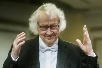 """Maestro Juozas Domarkas: """"Susitiksime po dešimties metų"""""""