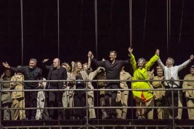 Klaipėdos festivalio krikštatėviais tapo publika, scenografijai talkino gamta