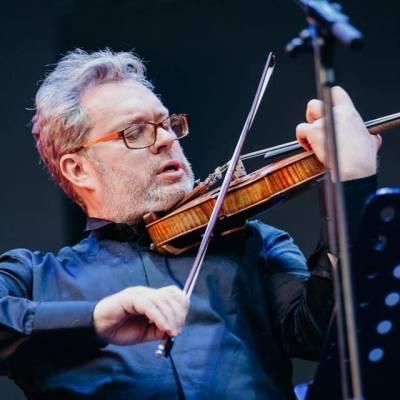 """,,Muzika yra mano tikrieji namai"""": smuikininkas Džeraldas Bidva"""
