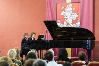 Du koncertai Vilniaus rotušėje