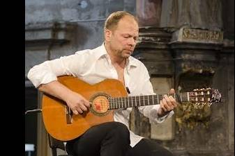 Aurelijus Globys autoriniame koncerte atiduos save