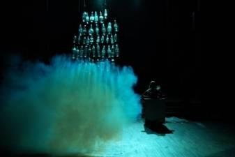 NOA dienoraštis: Opera tamsoje kvies išpažinti nuodėmes