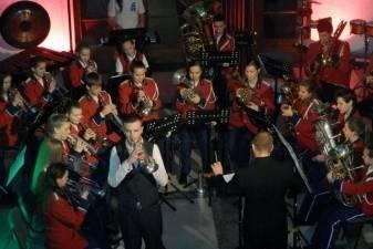 """Garsenybės iš D.Britanijos dalyvavo koncerte """"Briliantinė fantazija"""" Panevėžyje"""