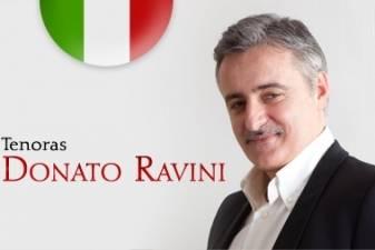 """Tenoras iš Romos Donato Ravini: """"Dainuodamas su klausytojais dalinuosi jausmais"""""""