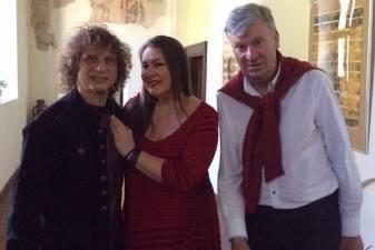 Pažintis su smuiko virtuozu A. Markovu bendram projektui įkvėpė Nomedą Kazlaus