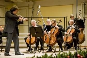 Kalėdas Filharmonija švenčia skambant muzikai