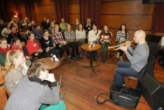 """Lietuvos varinių pučiamųjų instrumentų orkestrų asociacija atnešė """"Naujus vėjus"""""""