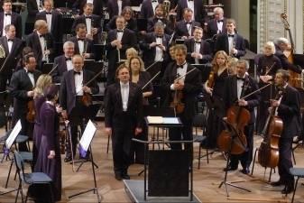 """LNSO ir Robertas Šervenikas pateko prestižinio žurnalo """"Gramophone"""" akiratin"""