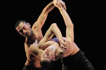 """""""Aterballetto"""" šokio trupė Lietuvoje pristatys Mauro Bigonzetti darbus"""