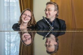 """Klarnetininko Antano Taločkos ir pianistės Jonės Punytės programa """"Vojažai be sakvojažų"""""""
