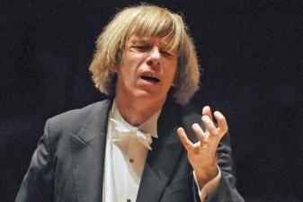 LNSO diriguos maestro Israelis Yinonas, skambės viena žymiausių pasaulio simfonijų