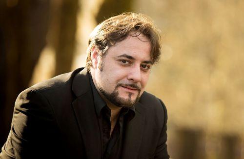 """Tenoro Luciano Ganci kelias: nuo Siksto koplyčios choro iki Milano """"La Scala"""" teatro"""