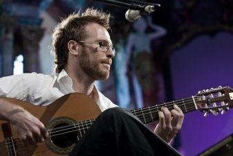 Chrisas Ruebensas: koncertas pasiilgusiems Paryžiaus ir romantikos