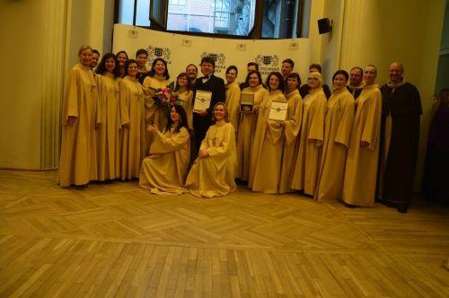 """Gdanske triumfavusiam chorui """"Cantate Domino"""" – sveikinimai iš JAV muzikos grando"""