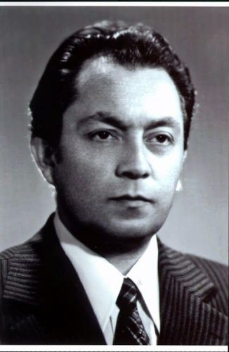 In memoriam Karolis Rimtautas Kašponis