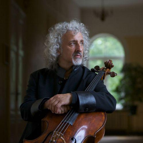 Pasaulinio garso violončelės virtuozas Mischa Maisky atvyksta į Lietuvą