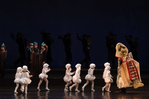 Mažieji klaipėdiečiai pamils operą vaidindami, šokdami ir dainuodami