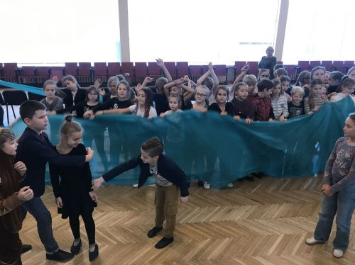 Operos meno subtilybių vaikai mokysis ne iš vadovėlių