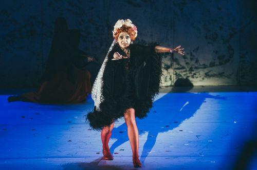 """""""Graikas Zorba"""" Klaipėdon sukvietė baleto žvaigždes: sirtakį šoks net dirigentas"""