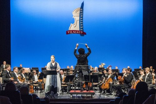 Didžiausios Lietuvos klasikinio ir šiuolaikinio scenos meno organizacijos prašo leidimo dirbti
