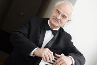 Akordeonistas Ričardas Sviackevičius mini kūrybinės veiklos 45-metį