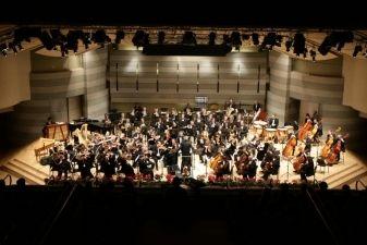 """""""Herojai su orkestru"""" – Lietuvos valstybinio simfoninio orkestro XXVI sezonas"""