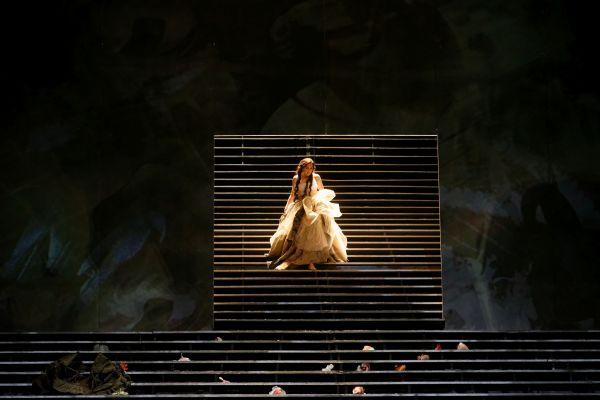 Vincenzo Bellini KAPULEČIAI IR MONTEKIAI, Opera