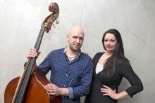 Netikėtas kontraboso ir fortepijono duetas skleis elegišką nuotaiką Užutrakyje